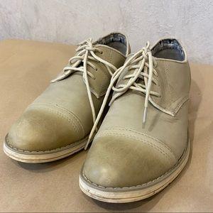 Caterpillar Tan Cap-Toe Oxford Shoes Women's 8